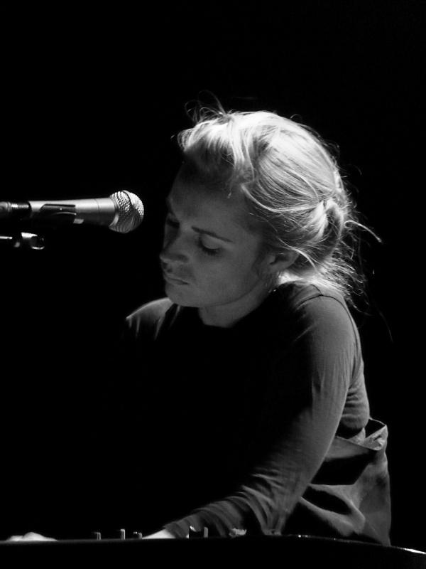 Agnes Obel - iTunes Festival - 2013 - Roundhouse - London - Live - Kostenlos - Hack4Life