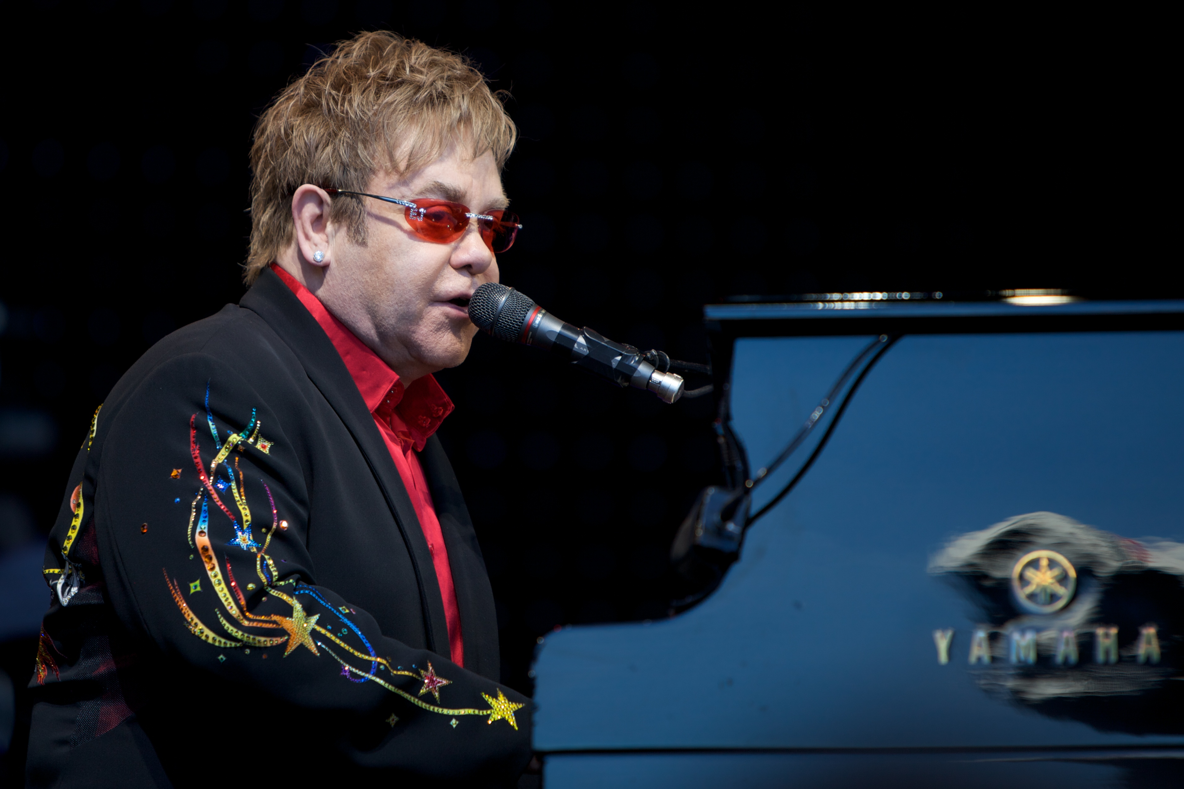 Elton John - iTunes Festival 2013 - London - Roundhouse - Hack4Life