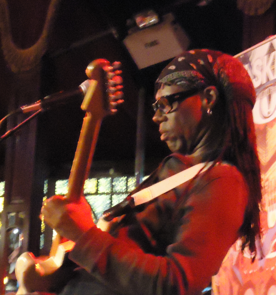 Chic Featuring Nile Rodgers - iTunes Festival 2013 - London - Roundhouse - Live - Kostenlos - Hack4Life