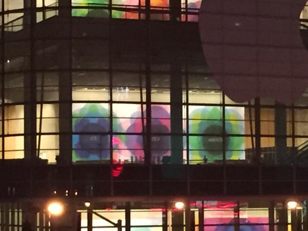 WWDC15 Banner im Moscone West Center in San Francisco, Fabian Geissler, Hack4Life