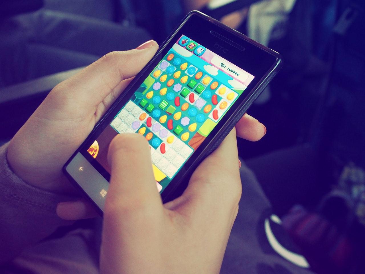 Smartphones sind inzwischen eine weit verbreitete Spiele-Plattform.