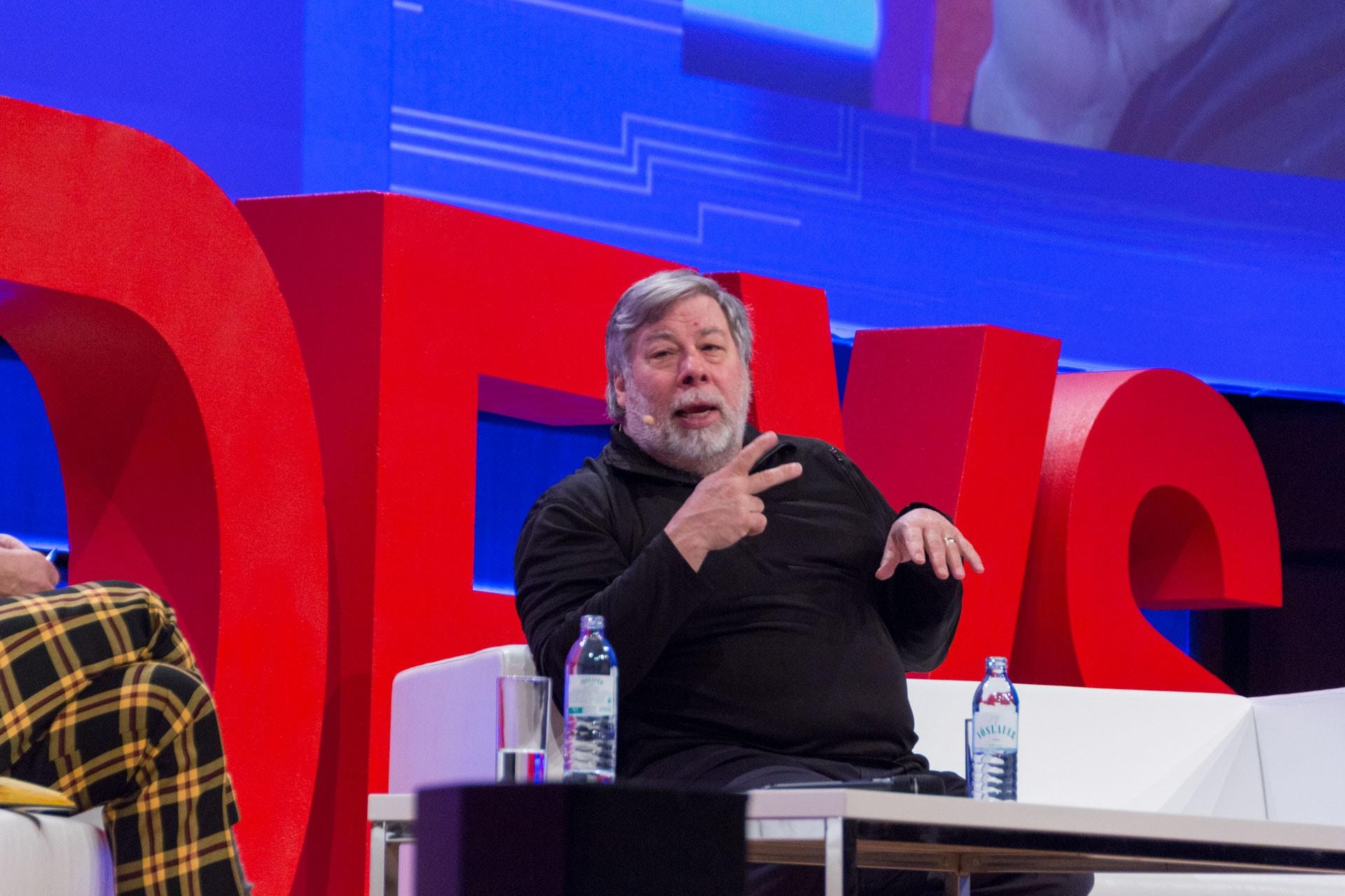 Steve Wozniak bei WeAreDevelopers im Fireside Chat mit Monty Munford
