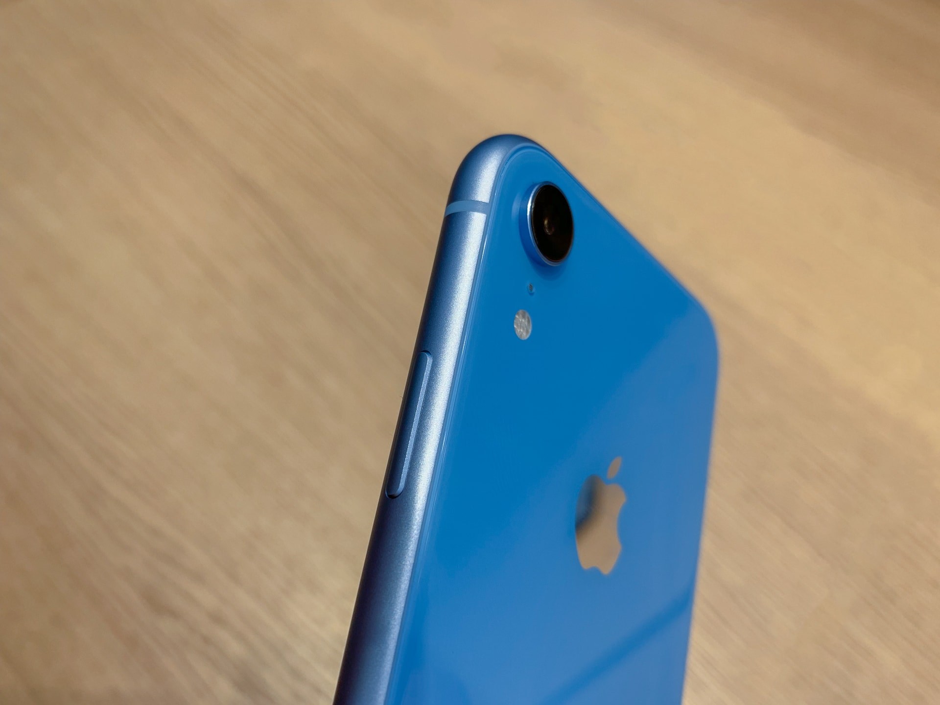 iPhone XR in Blau mit einer Linse, Hack4Life, Fabian Geissler, Review, Bericht, Apple, iOS 12