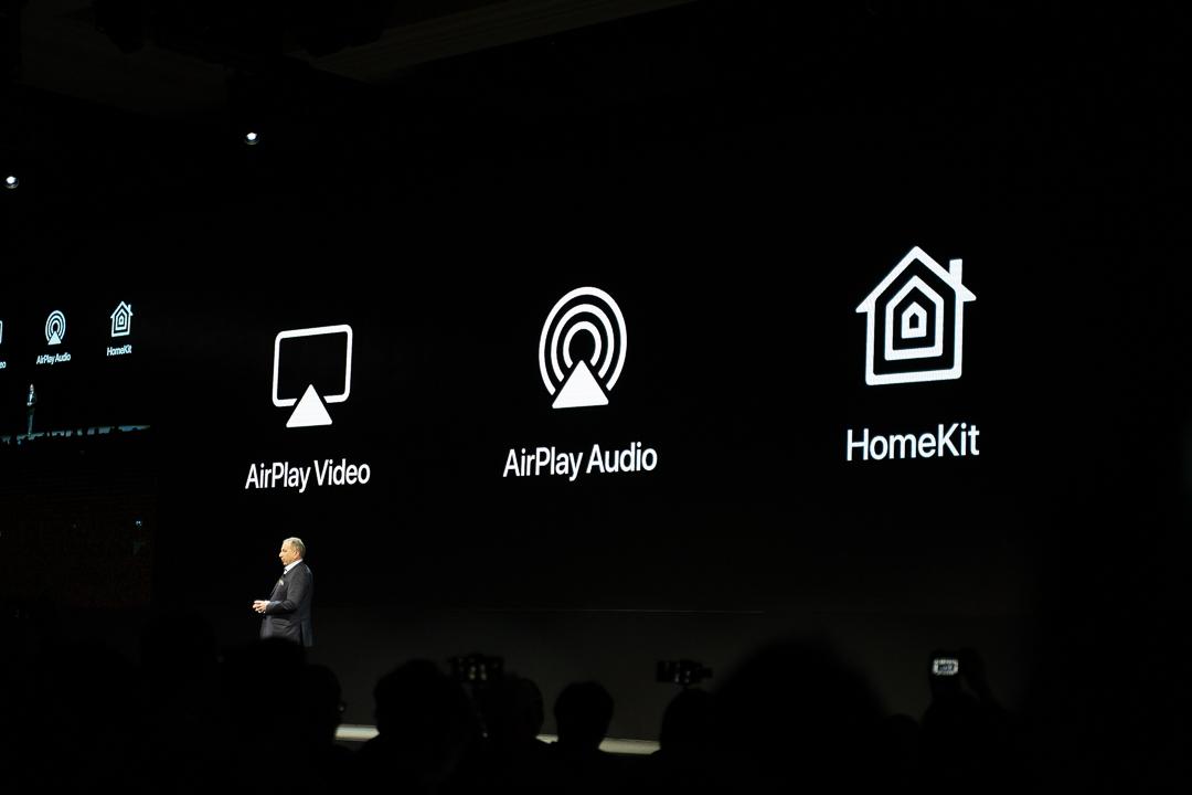 LG ThinQ OLED Fernseher unterstützen Apple AirPlay & HomeKit, CES, Las Vegas, LG Pressekonferenz, Neuigkeiten, Hack4Life, Fabian Geissler