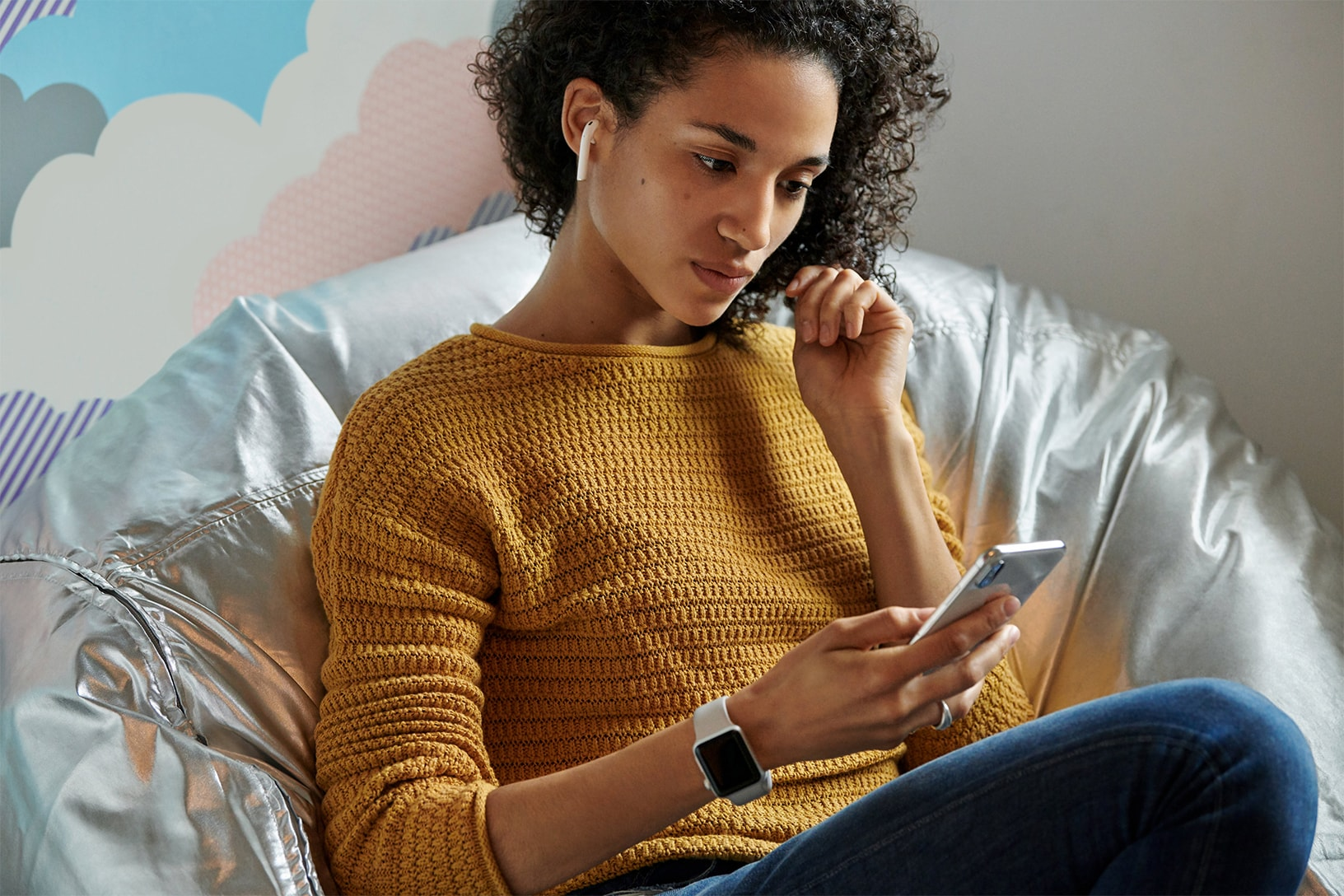 Apple stellt AirPods 2 mit kabelloser Ladehülle vor, Cupertino, Apple, H1, W1, Neuerungen, Hey, Siri, Systemvoraussetzungen, Achtung, Hack4Life, Fabian Geissler
